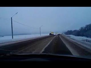 Авария. ДТП. Иркутск ( 8 декабря 2015 ). Качугский тракт и три авто.