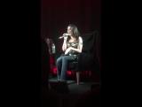 3 марта 2016: Лорен Хурэги исполняет фрагмент из песни Алиши Киз — «If I Ain't Got You» в студии радиостанции «Channel 96.1».