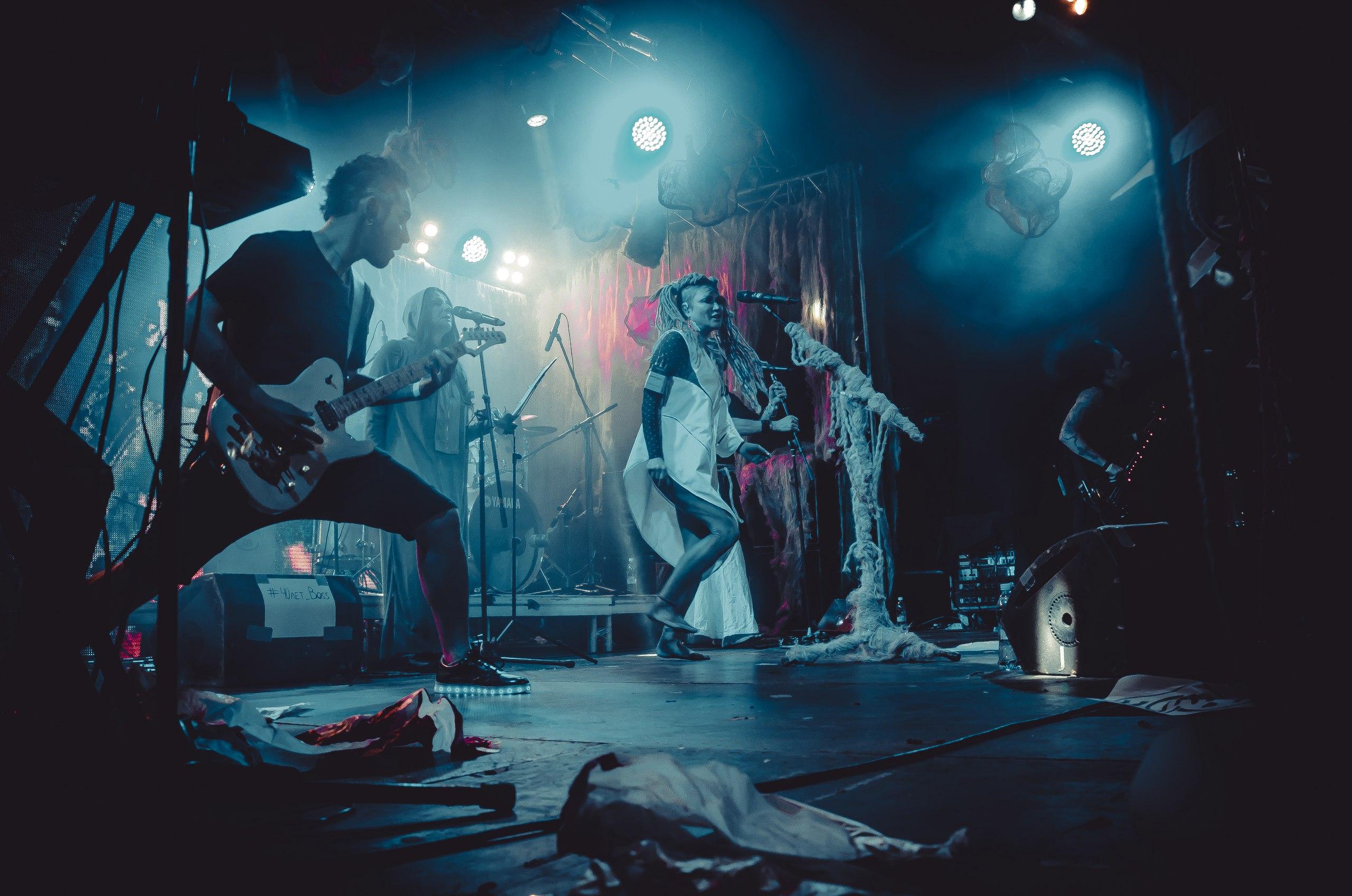 Концерт Линды в клубе Volta