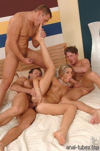 Порно в сауне хамам в контакте hd