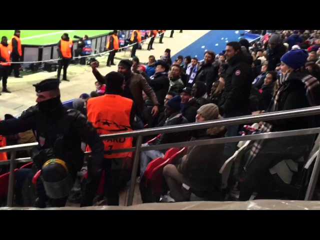 PSG vs. Chelsea FC 1:1 Mikel police reacts w/ tear gas (02/17/16)