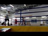 Дауренов Ильяс (Красный угол) - Первый бой (1раунд). Астана - 27.11.2015.