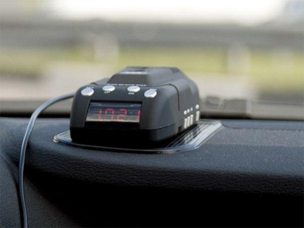 Видеорегистратор + Радар-детектор + GPS информатор о камерах