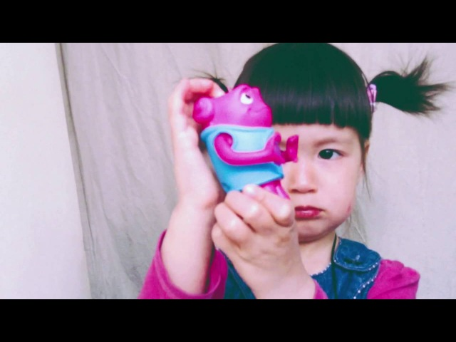Хэппи Мил, Даша и Сюрприз игрушки с монстряшками ДОМ Opening Happy Meal, видео для детей
