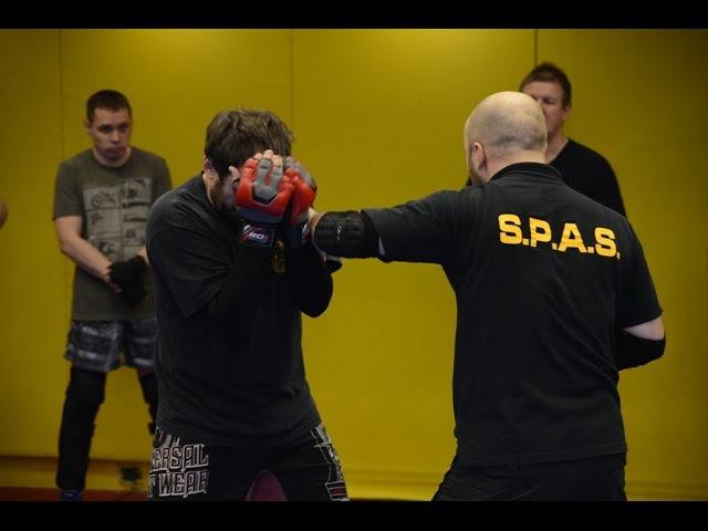 Агрессивная защита и атака локтями, предплечьями в S.P.A.S. (street fighting S.P.A.S.)