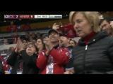 Хоккеист Орлов показал Трюк с шайбой на Игре в Колорадо (Прикол во время игры Хоккей)