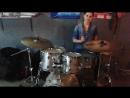 Играем под трек Обучение игре на барабанах и ударной установке