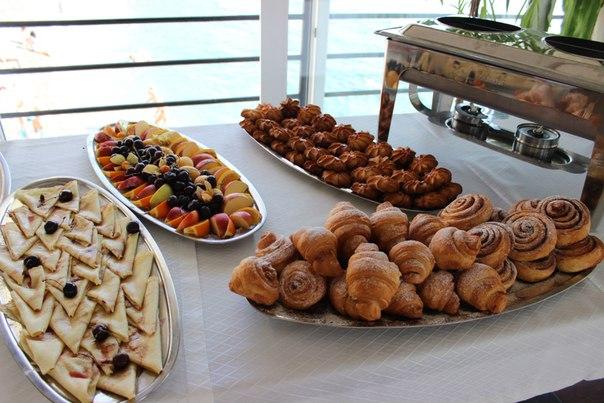 Крым с питанием шведский стол