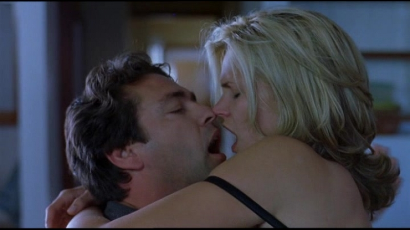 Natasha Henstridge Second Skin (2000) (эротическая постельная сцена из
