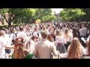 Студенти ЧНУ танцюють в День Вишиванки у Чернівцях (19.05.2016)