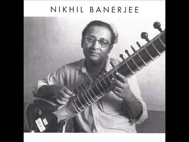 Raag Rageshree by Pandit Nikhil Banerjee and Pandit Anindo Chatterjee on Tabla