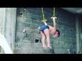 Видео с этим двухлетним гимнастом стало хитом интернета