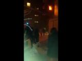 В Красноярске женщина спасалась от огня и прыгнула из окна пятиэтажки