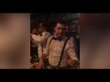 Мамаев целует бутылку шампанского на вечеринке в Монако!