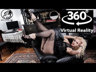 VR 360 4K x 10 Camera - Video production backstage model Nathaly Cherie 02