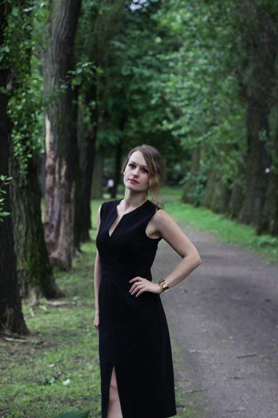 Настя Меньшикова