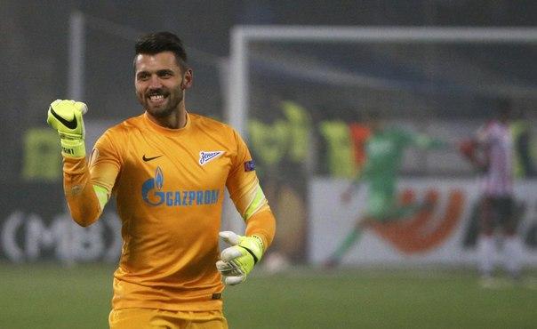 Юрий Лодыгин стал рекордсменом по числу сухих матчей в ЛЧ среди российских вратарей