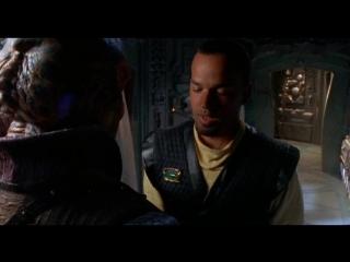 Вавилон 5:Легенда Рейнджеров - Жить и умереть в свете звезд (Babylon 5:The Legend Of The Rangers)(2002)
