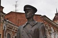 26 февраля 2016 -  Памятник Дяде Стёпе в Самаре
