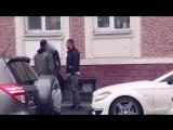 Внук миллиардера Мамурин заставил девушек мыть машину в неглиже за 20 тысяч (видео)