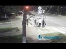 ЭКСКЛЮЗИВНОЕ видео с веб-камеры пьяные хулиганы напали на полицейских Кингисеппа. KINGISEPP