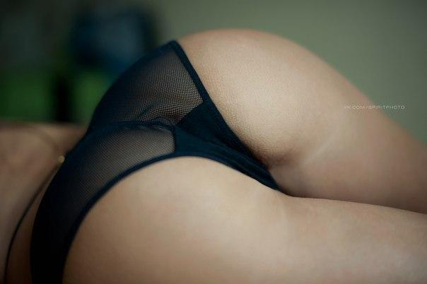 Blond frenching milfs with fine asses