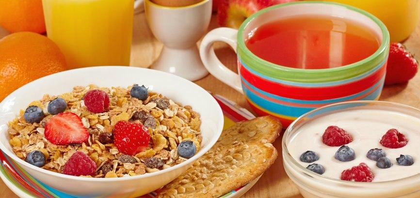 Полезные советы для студента: как приготовить завтрак за пять минут?