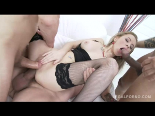 Разорвали жопу проститутке порно фото 416-422