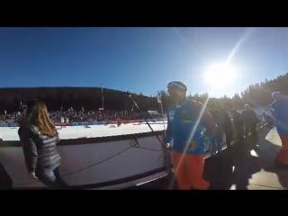 Рикко Гросс бросается на помощь Алексею Волкову, сломавшему палку (декабрь 2015)