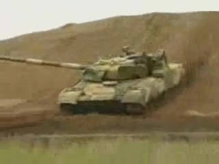 Гимн ГСВГ! Танк Т-80 на полигоне Вюнсдорфа.