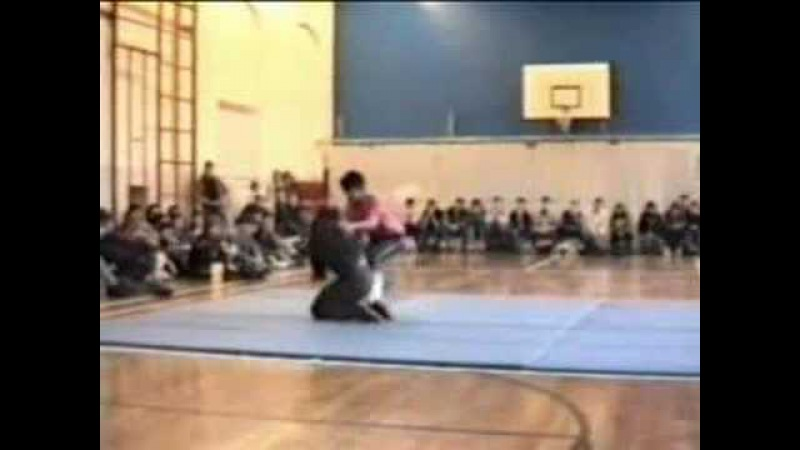 Demonstration by Ven Lama Dondrup Dorje from 1989