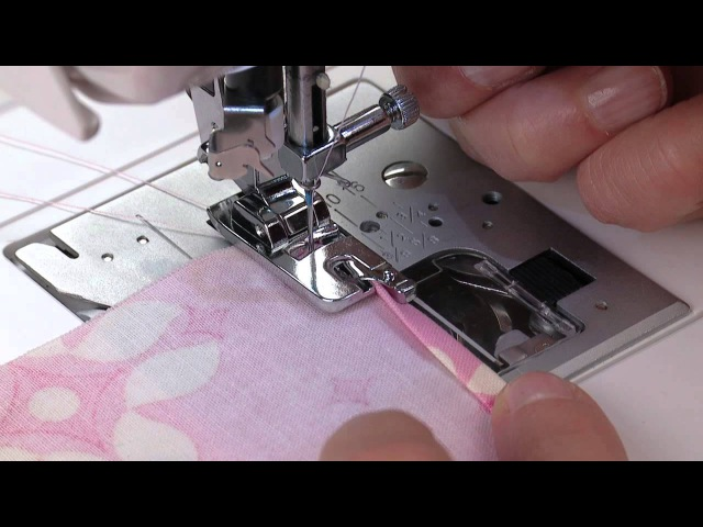 SINGER® Rolled Hem Presser Foot Tutorial