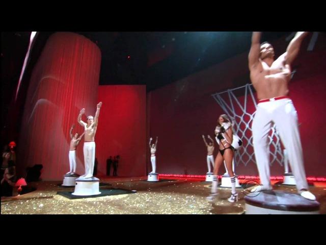 Victoria's Secret Fashion Show ; Game On Act 3 ; 2010