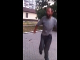 Бомж хуячит за 3 рубля