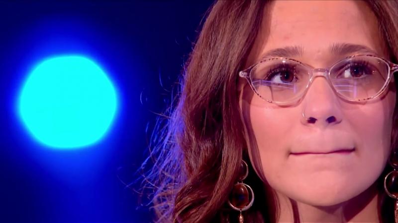 Chloe Castro Vs Alaric Green׃ Battle Performance - The Voice UK 2016 - BBC One