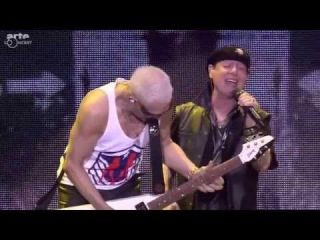 Scorpions -  Wind of Change  (live Clisson 2015)