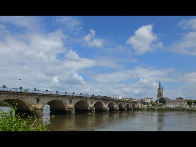 Tour de Gironde: Vayres and Libourne