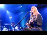 Alice in Chains Black Gives Way to Blue (Live Acoustic NYC)