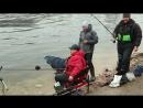 Юрий Сипцов, Александр Руденко и Виталий Колганов тестируют эхолот Deeper Smart Fishfinder