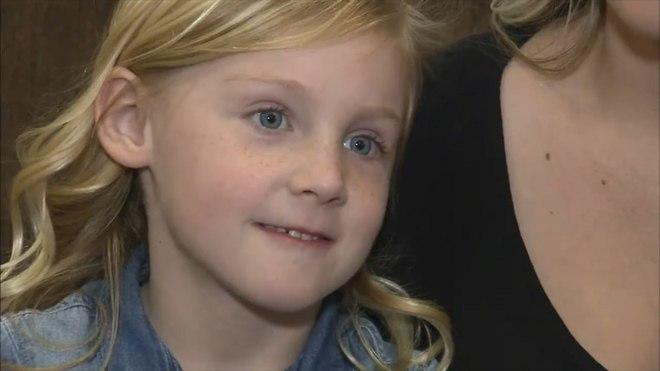 Пятилетняя девочка полгода ходила с булавкой в носу