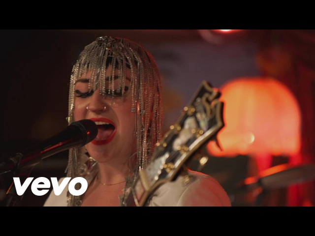 Hiatus Kaiyote - By Fire (Live Alive on Fuse TV) (Live Alive on Fuse TV)