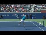 Странный розыгрыш, в котором Гаэль Монфис пытался достать мяч и сломал часы - US Open