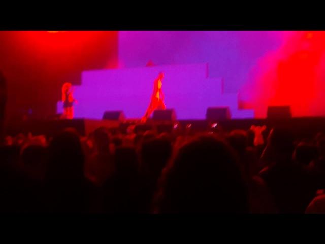 Die Antwoord -Wat kyk jy (Istanbul Live)