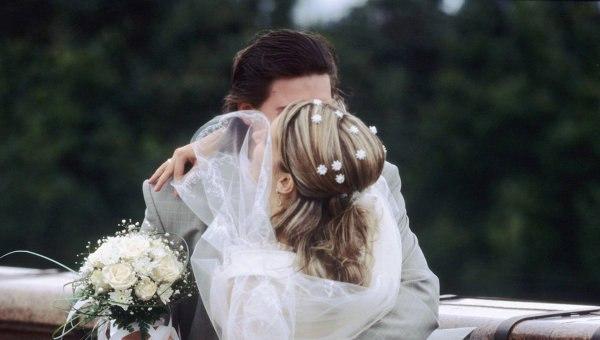 Томские молодожены, продававшие наркотики ради свадебного путешествия, получили 7 и 8 лет колонии