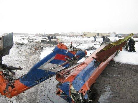 Восемь человек погибли при крушении вертолета Ми-8 в Красноярском крае