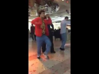 [Kavkaz vine] взрывает танцпол