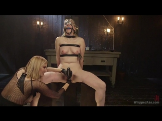 Maitresse Madeline Marlowe and Delirious Hunter