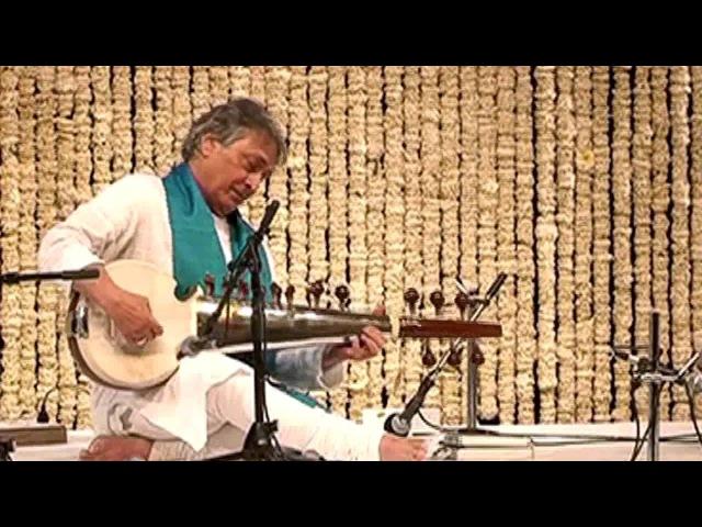 Sarod Virtuoso Amjad Ali Khan  Singing Sarod   Raga Jhinjhoti   New Delhi   27th March, 2014