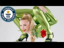 Incredible contortionist sets backbend record Guinness World Records Italian Show Ep 13