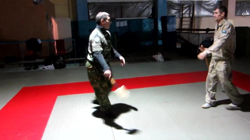 Самозащита сапёрной малой пехотной лопаткой 1